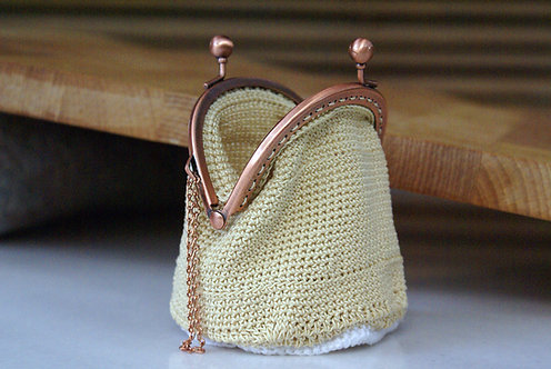 Crochet Handmade Clasp Purse oldschool