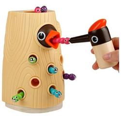 Woodpecker Feeding Game