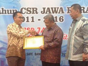 Dexa Medica Menerima Penghargaan CSR dari Pemprov Jabar