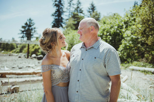 Campbell River Grad Photographer dad and daughter