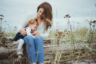 Family Photoshoot Outfit Ideas in Campbell River BC