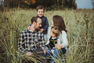 Adorable Family Photos in Campbell River with local photographer