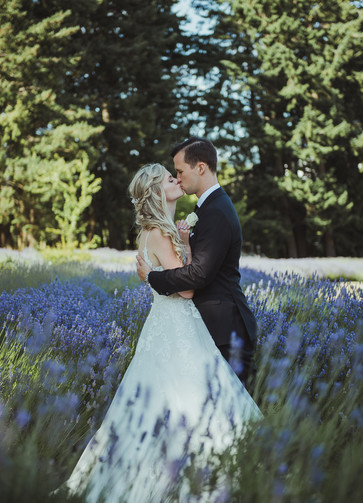 why you need to do a first look before the wedding ceremony, with local victoria wedding photographer at damali lavender farm