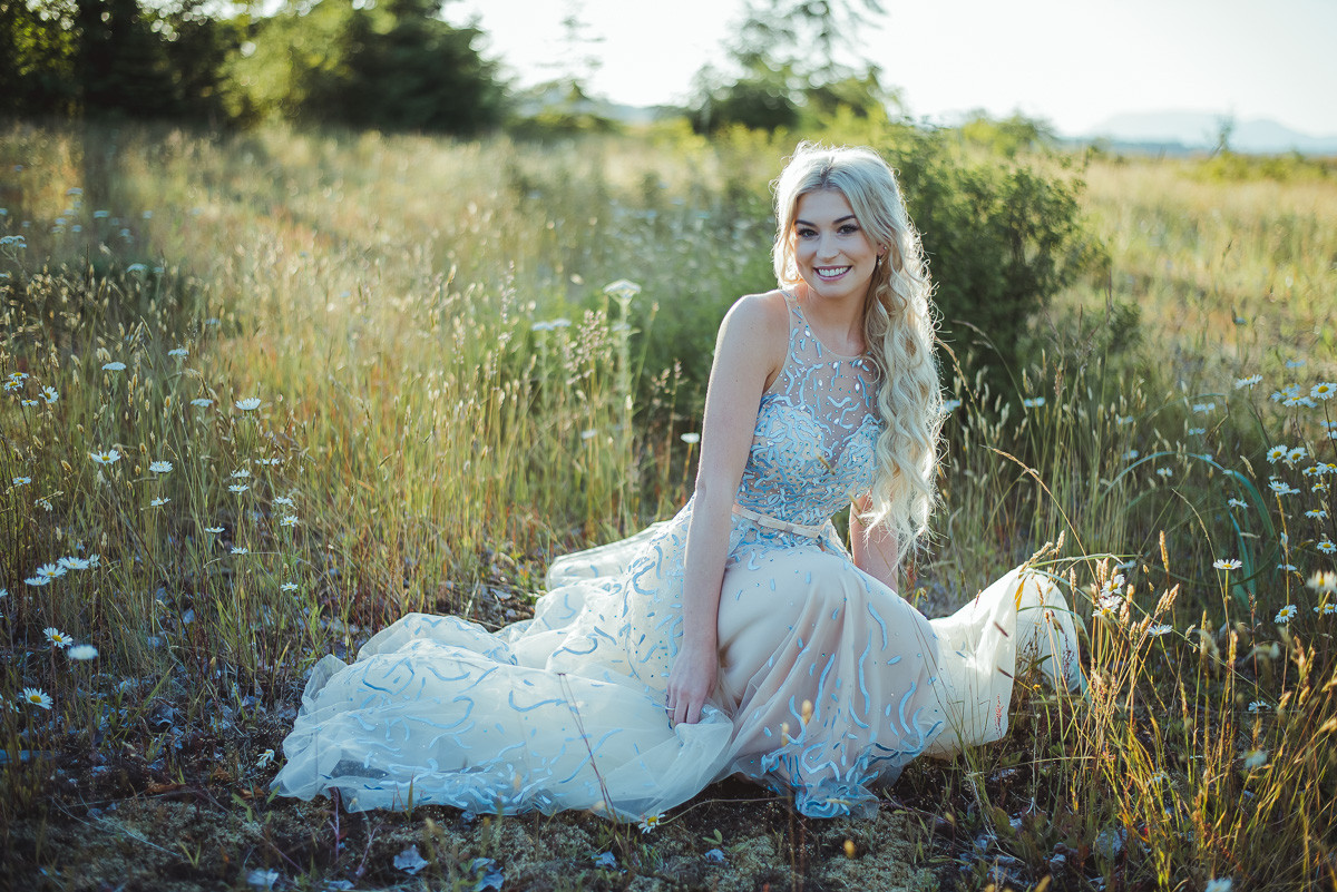Campbell River Graduation and Prom Photographer