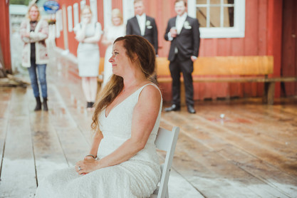 Top Telegraph Cove Wedding Photographer taking photos of Bride