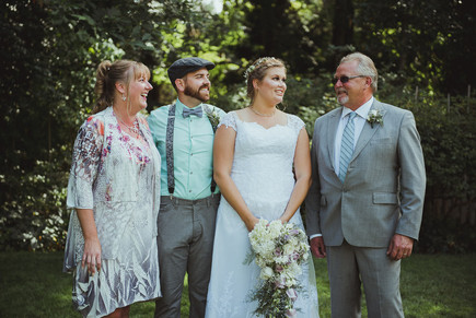 Haig Brown House Outdoor Wedding in Campbell River, BC with best local Wedding Photographer