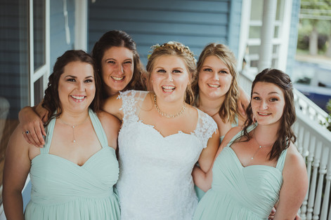 Campbell River Wedding Photographer with the bridesmaids and the bride before the wedding