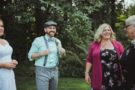 Haig Brown House Outdoor Wedding in Campbell River, BC with local Wedding Photographer taking family photos