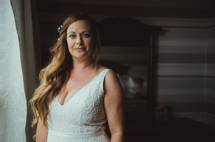Bride is all ready for her wedding at Telegraph Cove with Vancouver Island Wedding Photographer
