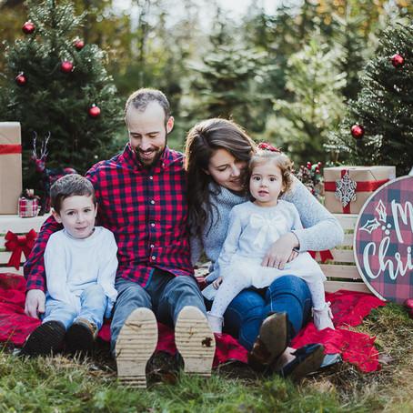 Christmas Mini Session | Christmas Family Photography | Christmas Photos