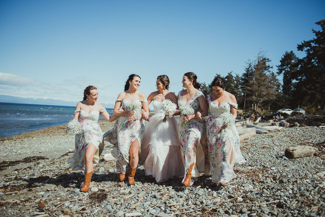 Campbell River Wedding Photographer with Bridesmaids on the Beach