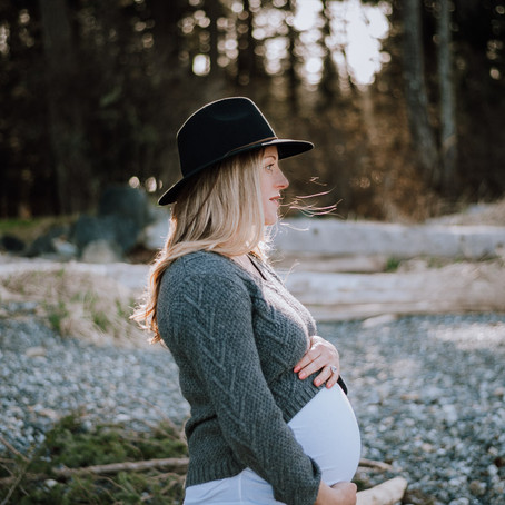 Beach Maternity Photoshoot | Victoria BC Family Photographer