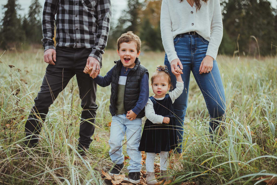 Campbell River Family Photographer with kids
