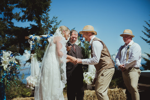 Campbell River BC Wedding Photographer at Miracle Beach