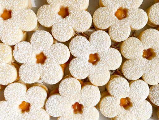 Wedding Cookies (Linzerkoszorú)