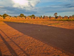 vista do pátio da aldeia HN0223_xavante
