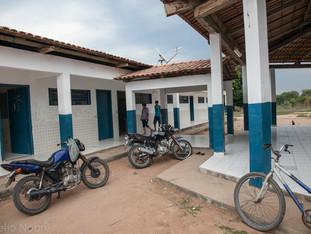 escola atual e transporte individual HN0402_karaja