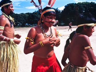 ritual de canto e dança HN020_Bororo