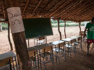 sala de aula, escola HN0294_xavante