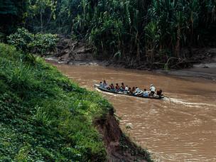 transporte pelo rio Jordão, voadeira HN054_kaxinawa