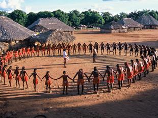 ritual de canto e dança HN0027_xavante