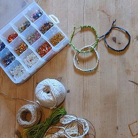 Square - Macrame bracelet.jpg
