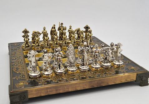 Don Quixote Chess Set - Brown Oxidation Board