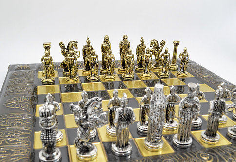Alexander the Great vs Darius III Chess Set - Brown Oxidation Board