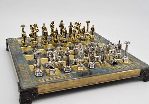 Hoplite Chess Set - Meander Green Oxidation Board