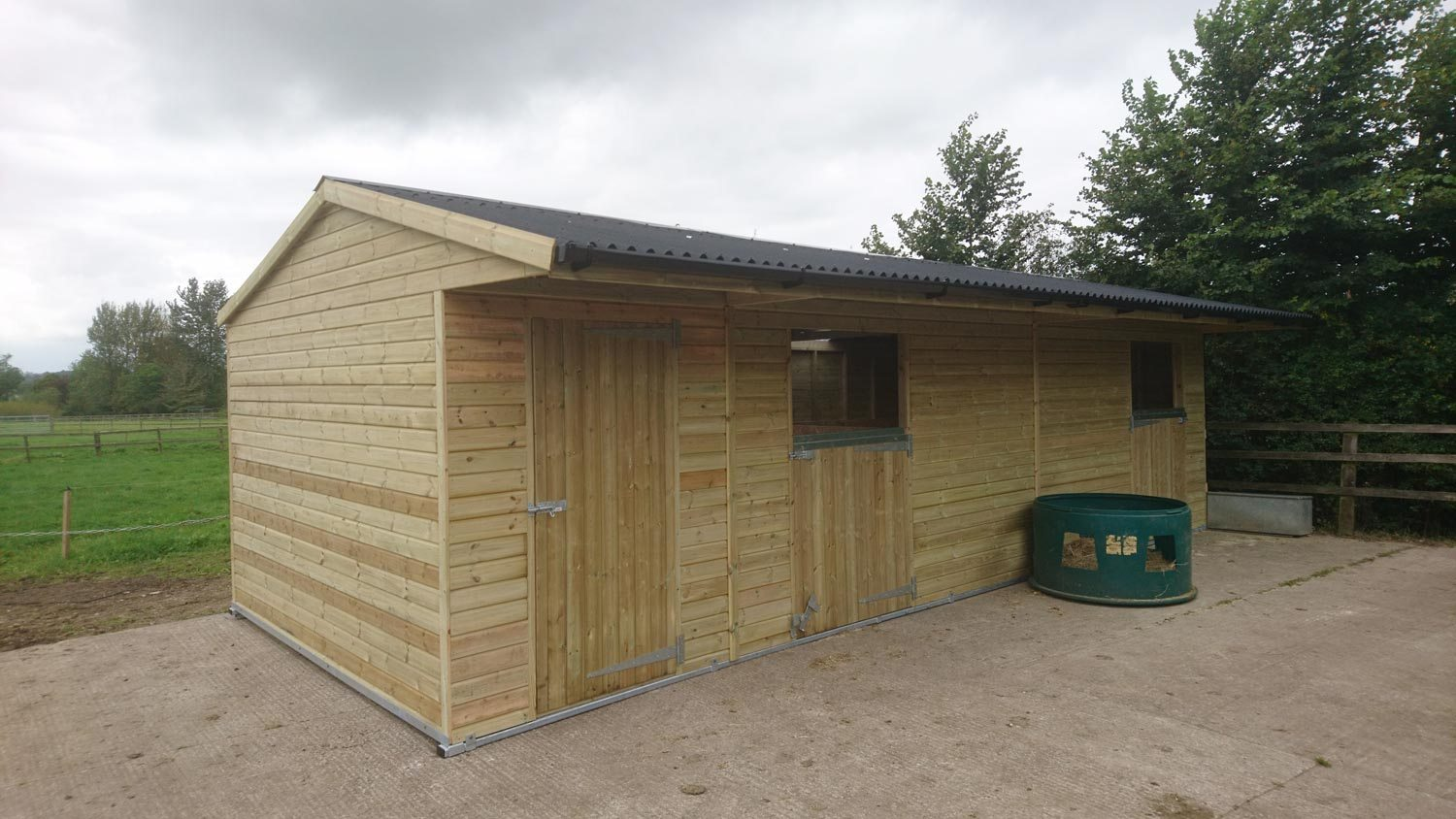Stables and tackroom