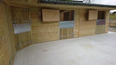 bespoke stable yard