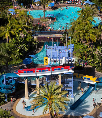 Disneyland-Hotel.jpg