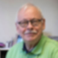 Dr_Baumgartner_web.jpg