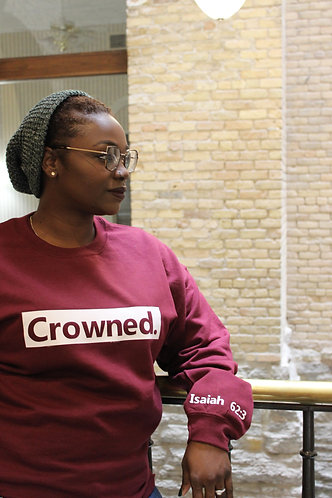Crowned Unisex Pullover