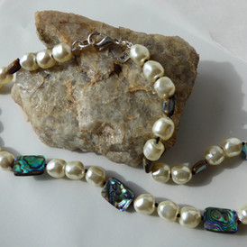 Abalone and Swarovski Crystal Pearl, handknotted, (earring/necklace set), $90