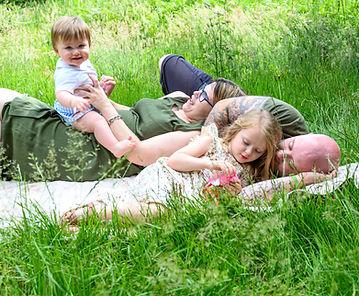 Robyn Family shoot1 (63).jpg