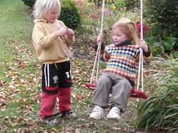 Los niños jugando
