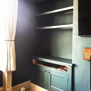 Painted alcove unit