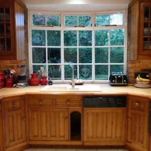 Angled pine kitchen