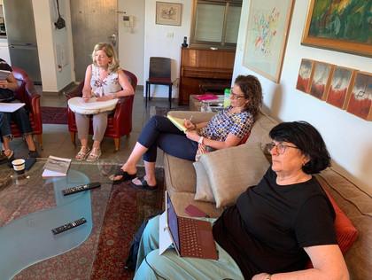 מרי מורגן מי שבמשך 25 שנים ניהלה את ההכשרות בטויסטוק שבלונדון והינה אחת המרצות והמדריכות בתוכנית לפסיכואנליזה זוגית ומשפחתית שלנו, ביקרה בארץ בספטמבר 2019. היא לימדה מושגים מרכזיים מתוך סיפרה Couple state of mind.