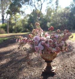 Spring urn by Helen Leighton of Riverdal
