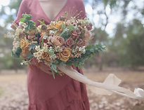 Bridal bouquet by Abbey Leighton.png