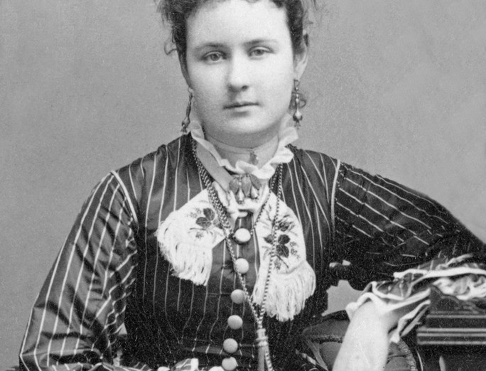 Mary McKenzie Hoxie