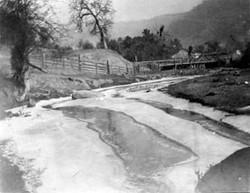 M115 Creeks below Tollhouse, circa 1920.