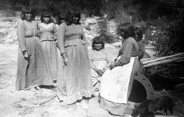 Monache women in prairie dresses, 1895