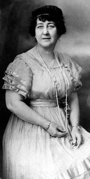 AB76 Katherine Balthis, circa 1920