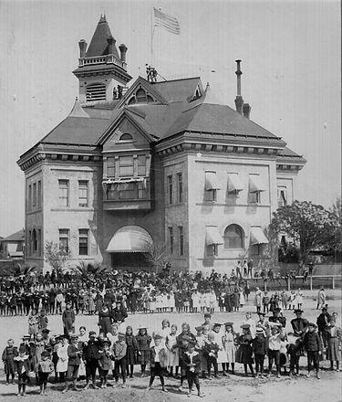 F10 Emerson Elementary School, 1897 (1).