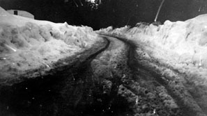 M112 Snow at the top of Tollhouse Hill,