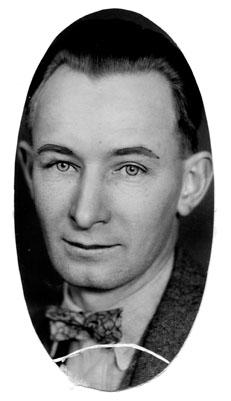 AB52 Roy Badertscher, circa 1925