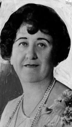 AB75 Katherine Balthis, circa 1925